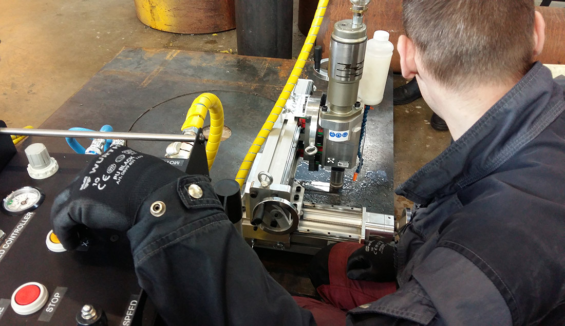Normaco Portable Milling Machine in use